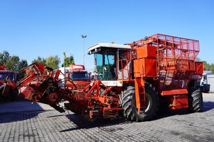 arracheuse de betteraves VERVAET Beet harvester VERVAET 12-T 4x4