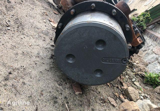 fusée d'essieu pour tracteur FENDT 922