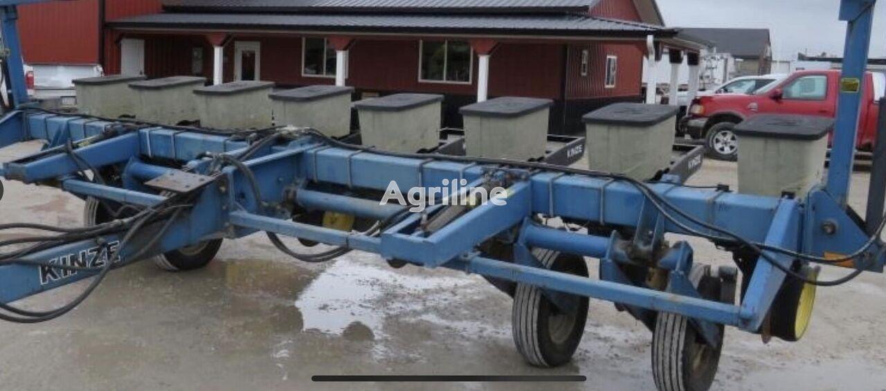semoir de précision mécanique KINZE Kinze 2000 z SShA, mehanichna 8 ryadkiv