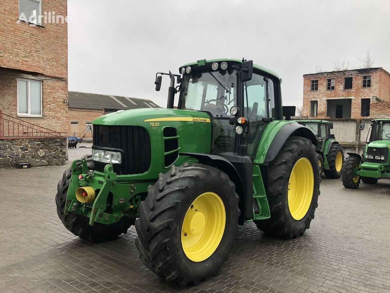 tracteur à roues JOHN DEERE 7530
